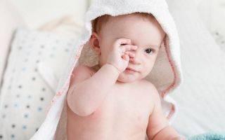Конъюнктивит у новорожденных: симптомы, причины, виды и лечение