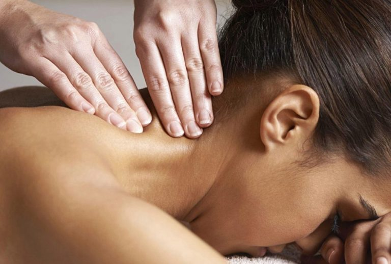 Массаж спины и шейно-воротниковой зоны – важная составляющая здоровья