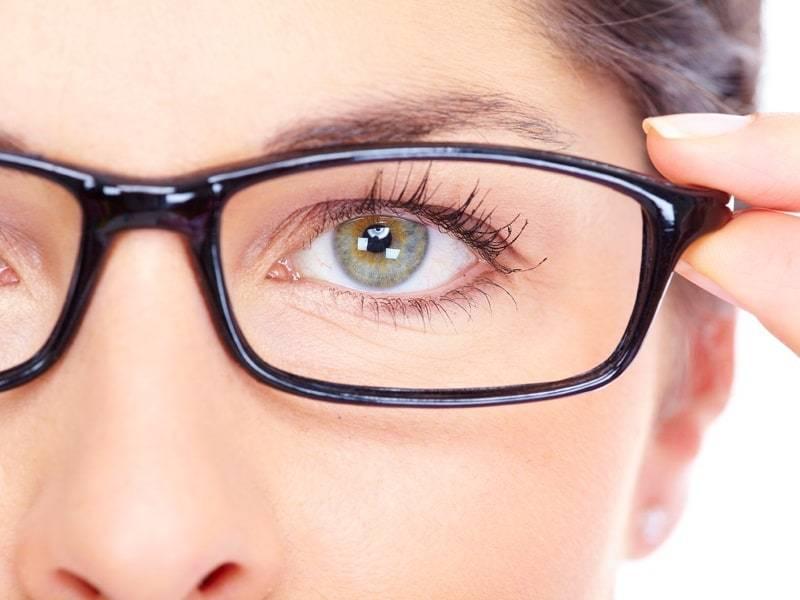Советы офтальмолога: как выбрать очки для компьютера