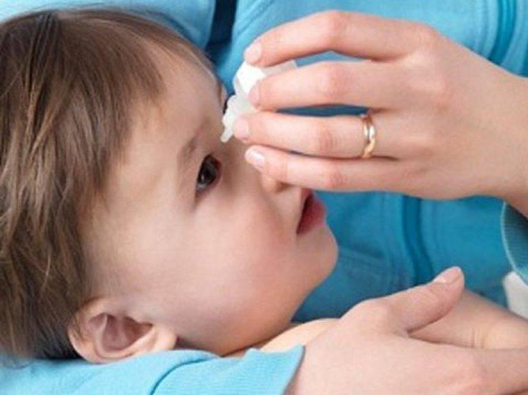 Как правильно закапывать капли в глаза самому себе: как закапать глазные и как капать