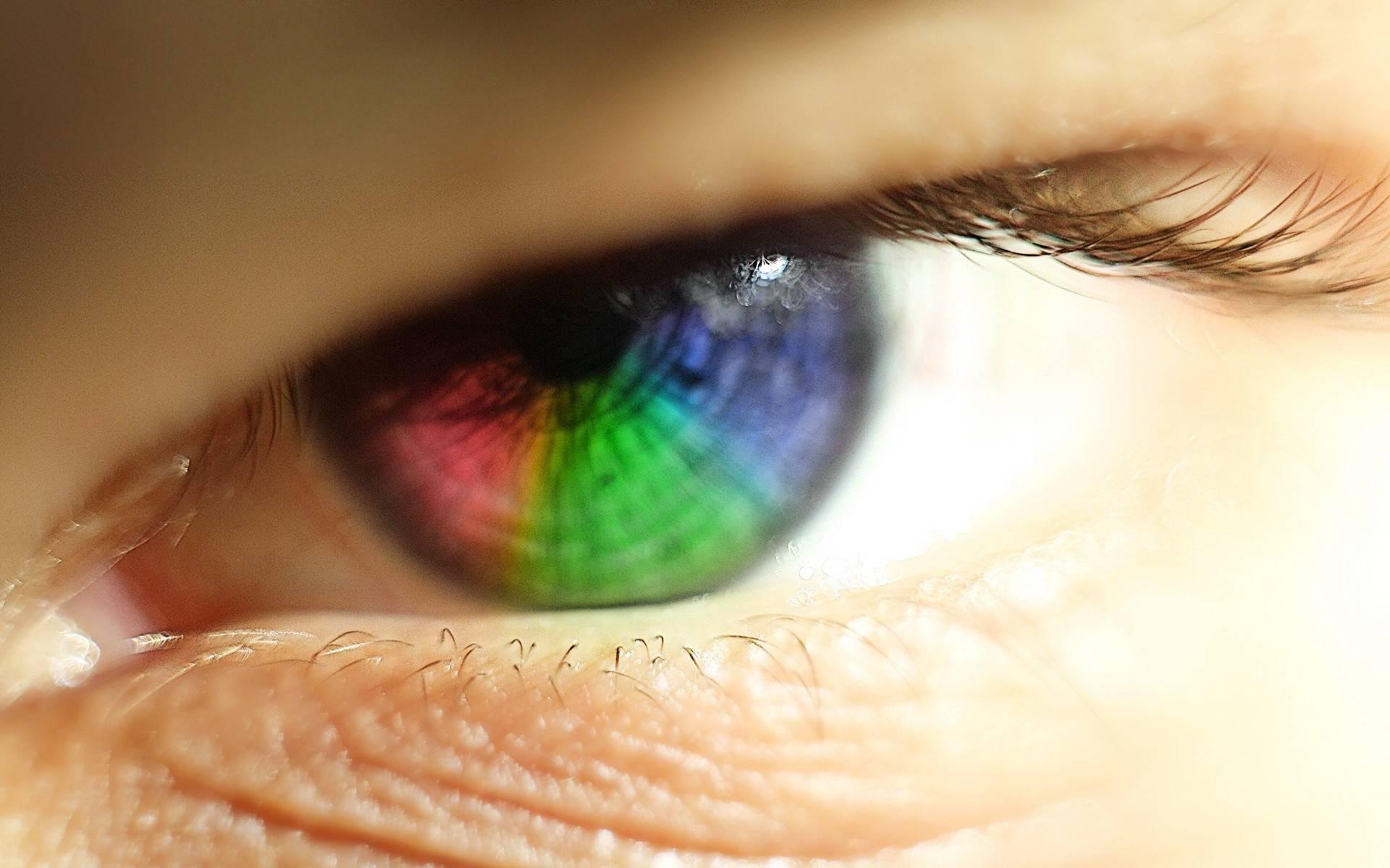 Цветные линзы с диоптриями: какие бывают, обзор оттеночных коррекционных средств