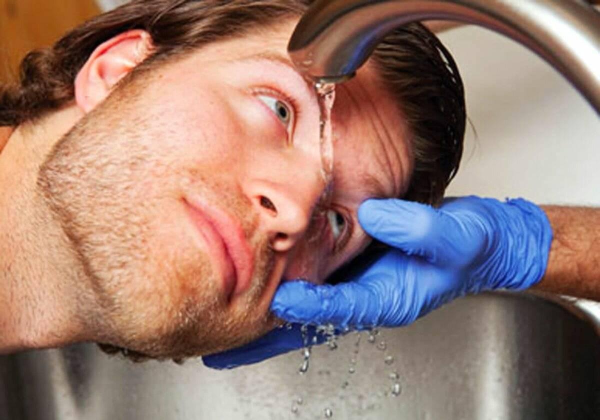 Травма глаза: первая помощь и лечение в домашних условиях oculistic.ru травма глаза: первая помощь и лечение в домашних условиях