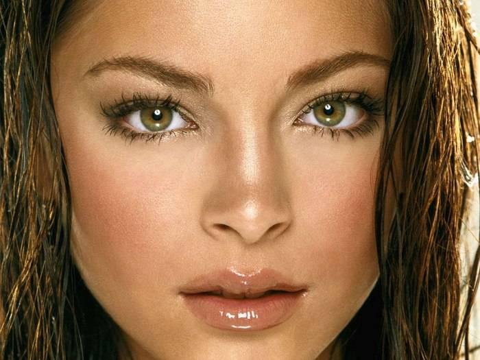 О чем говорят раскосые глаза? как правильно наносить макияж?