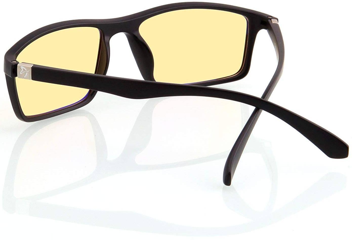 Очки для работы за компьютером - лучшие модели 2020 года, какой вид выбрать?