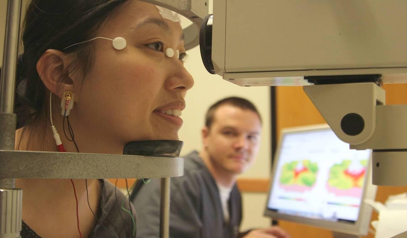 """Эфи - электрофизиологическое исследование глаз - moscoweyes.ru - сайт офтальмологического центра """"мгк-диагностик"""""""