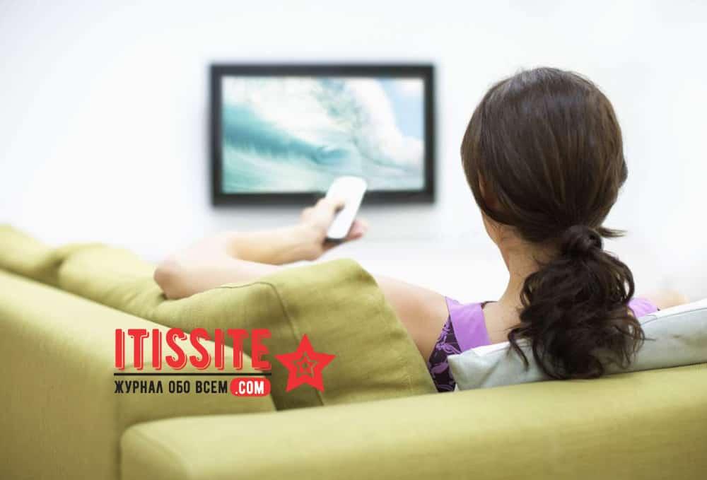 5 причин, почему категорически нельзя засыпать с включенным телевизором