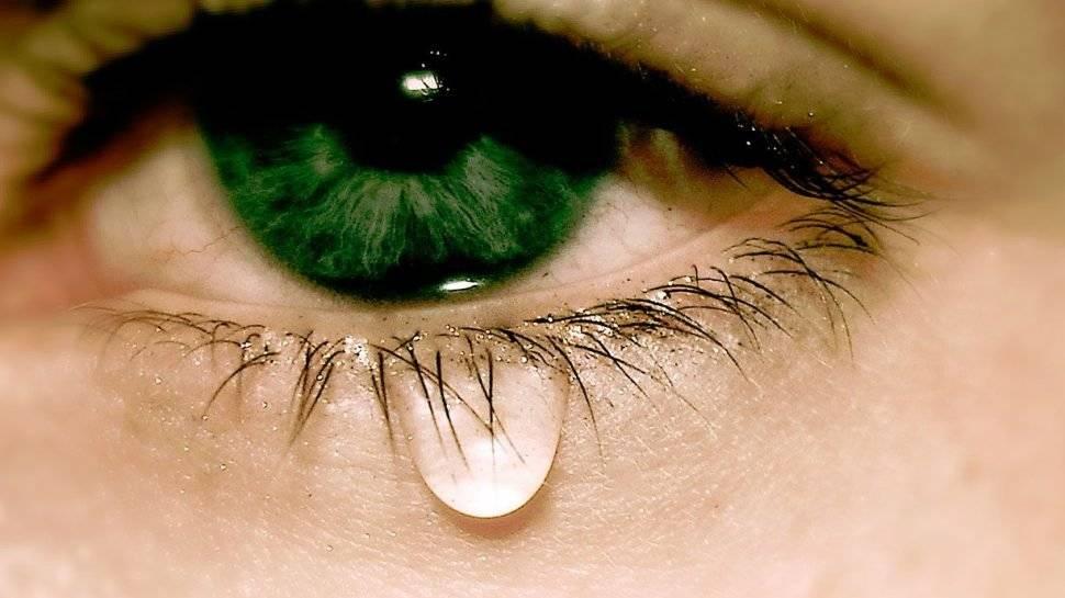 Почему глаза болят от яркого света