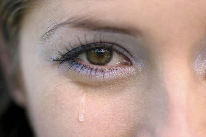 Болят внешние уголки глаз