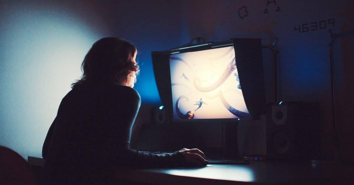 Работа за компьютером в полной темноте
