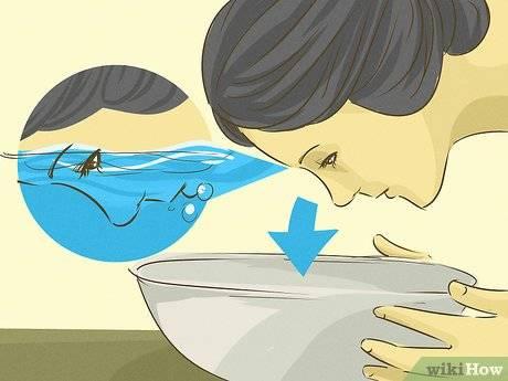 Что делать, если под рукой нет раствора и можно ли хранить линзы в простой воде?