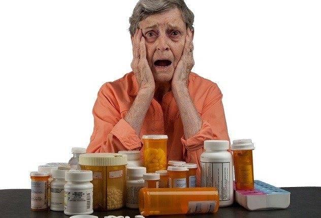 Слезотечение - причины, симптоматика и диагностика, методы лечения
