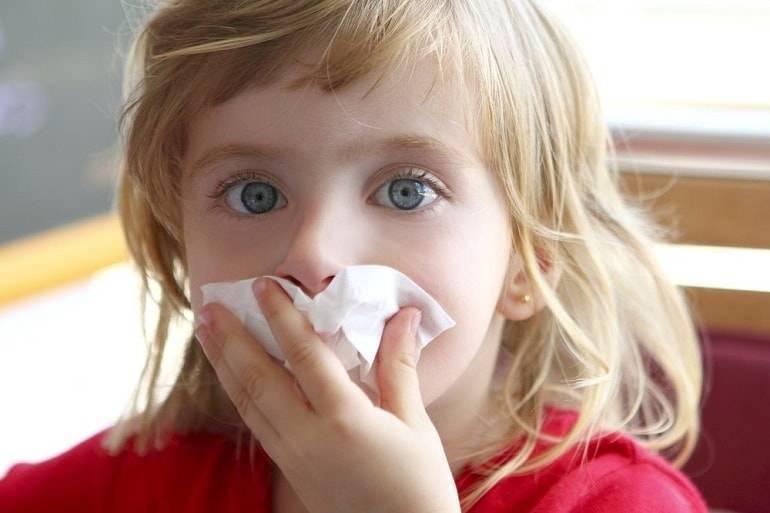 Красные глаза у ребенка: всегда ли это признак аллергии?
