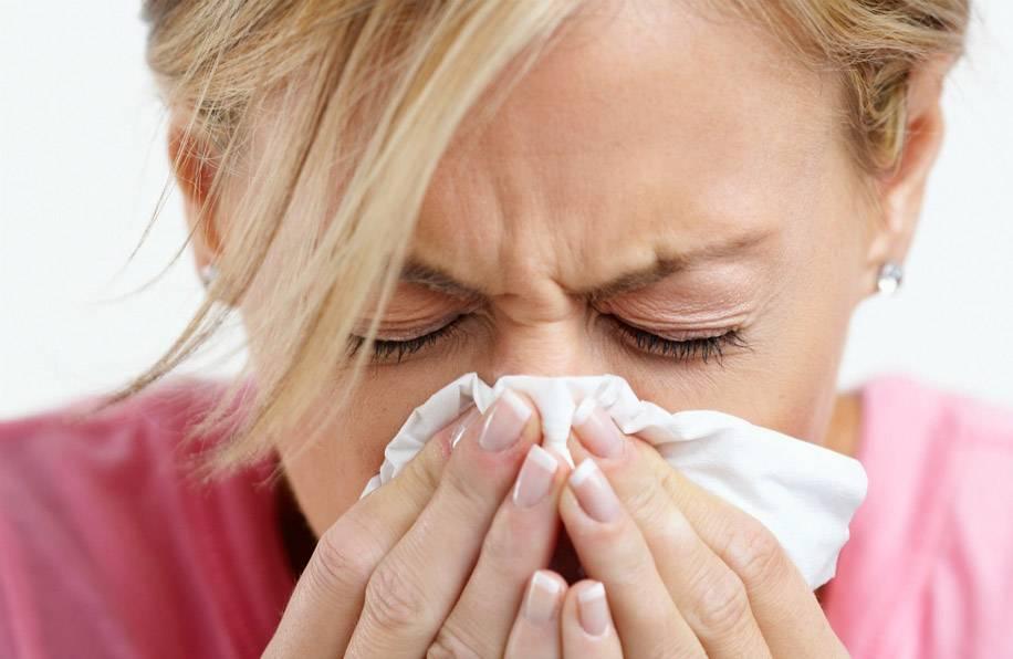 Болят глаза при насморке: причины, лечение