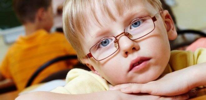 Чем вызвано развитие амблиопии у детей и как ее лечат