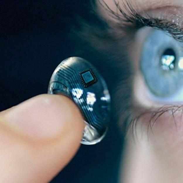 Кто впервые изобрел контактные линзы?
