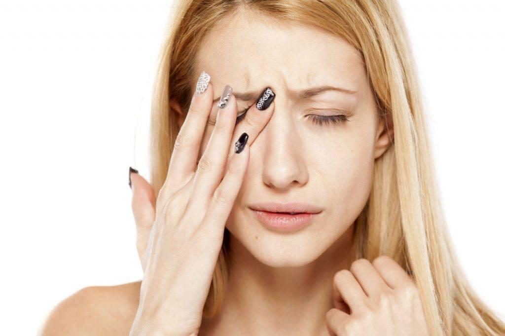 Почему болит бровь над глазом, когда нажимаешь