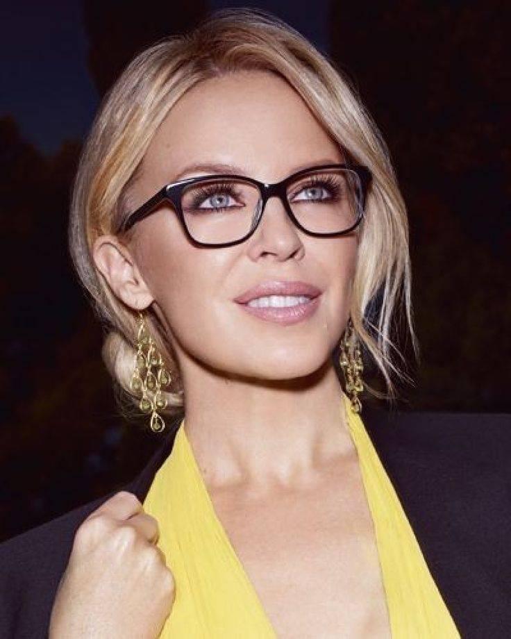Очки звезд: фото знаменитостей, носящих очки - 24сми