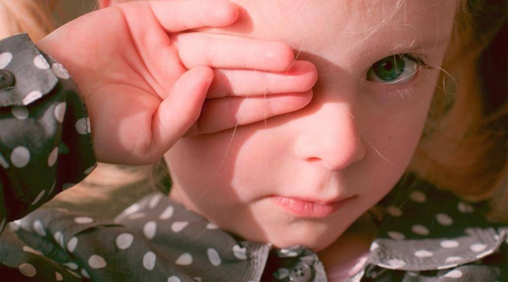 Можно ли купать ребенка при конъюнктивите: правила, меры предосторожности, полезные рекомендации