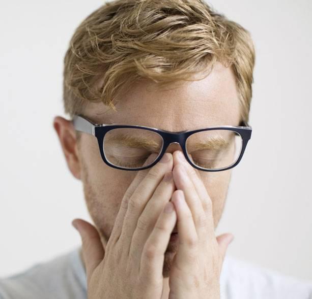 Телефон портит зрение: как защитить глаза от негативного влияния смартфона
