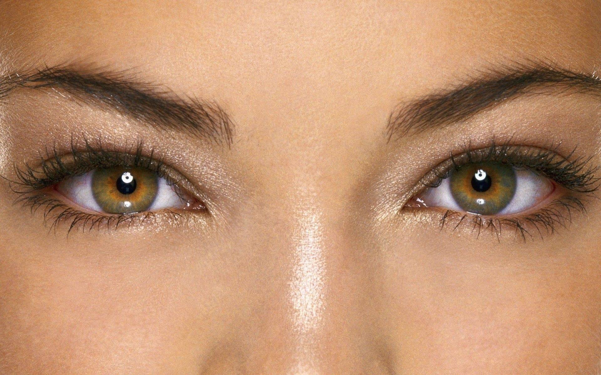 Глаза стали зелеными | medikacentr.ru