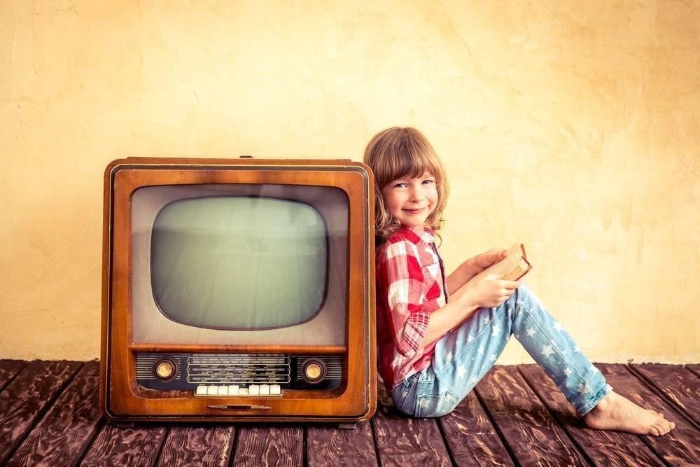 Зрение ребенка и телевизор. влияние телевизора на зрение