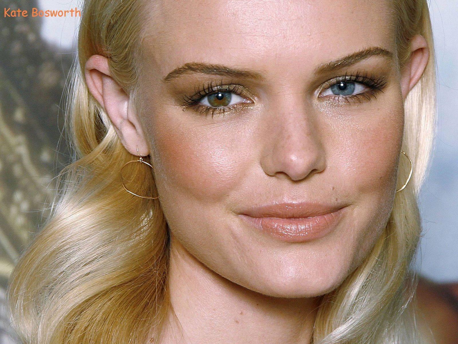 Это не линзы! 10 знаменитостей с глазами разного цвета