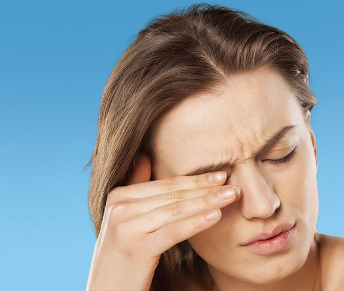 Болит висок дергается глаз