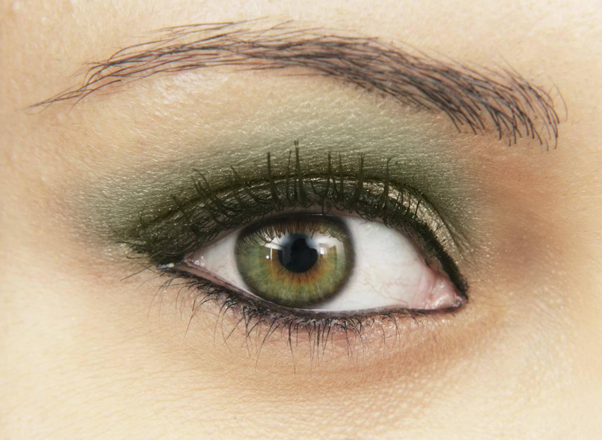 Карие глаза становятся зелеными. меняется ли цвет глаз у новорожденных и во сколько? тип характера и значение смены цвета глаз у людей.