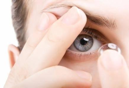 Какой срок годности у контактных линз для глаз и почему нельзя носить просроченные линзы