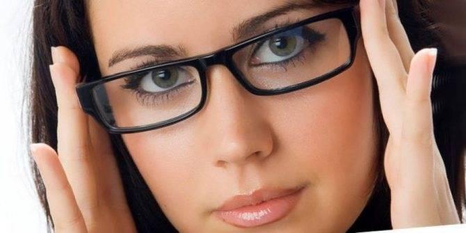 Очки при астигматизме: какие выбрать, сроки ношения и другие важные ответы на вопросы