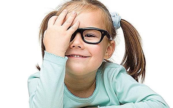 Почему падает зрение у подростков