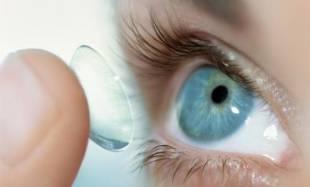 Почему болит голова от контактных линз