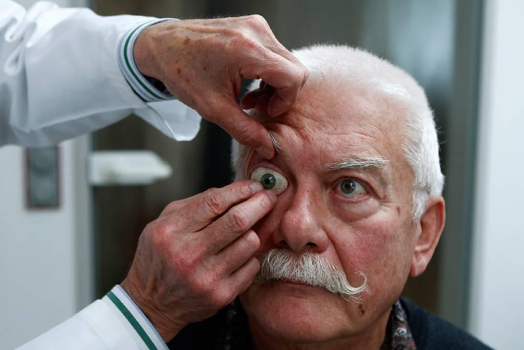 Почему глаза могут приобрести стеклянный вид - медицинский справочник medana-st.ru