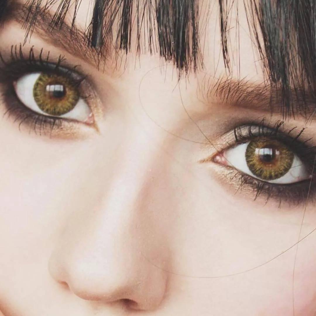 Какие цветные линзы подойдут для карих глаз - на темно-карие и светло