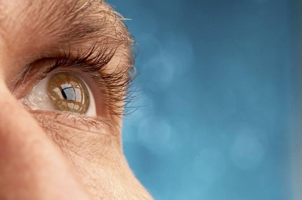 Мерцание в глазах: 20 причин, что делать для устранения проблемы