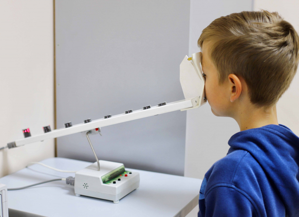 Визотроник м3 (офтальмомиотренажер релаксатор): отзывы об аппарате, цены на лечение