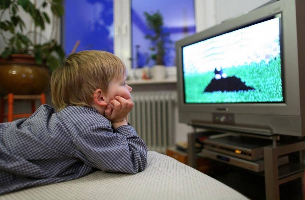 Какой телевизор считается наиболее вредоносным: жк или плазменный?