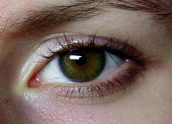 Когда у новорожденных меняется цвет глаз - топотушки