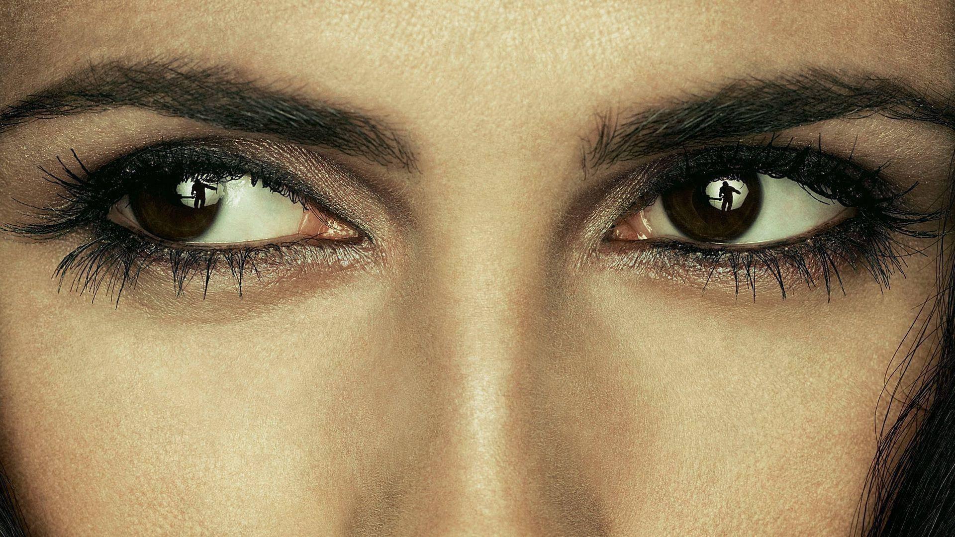 Цвет глаз человека: значение и изменение цвета глаз, глаза разных цветов