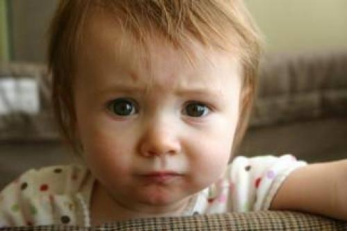 Мешки под глазами у ребенка 1 год и причины красных глаз