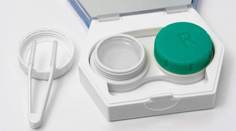Как ухаживать за линзами для глаз и правильно их носить, средства по уходу за контактными ночными изделиями длительного ношения