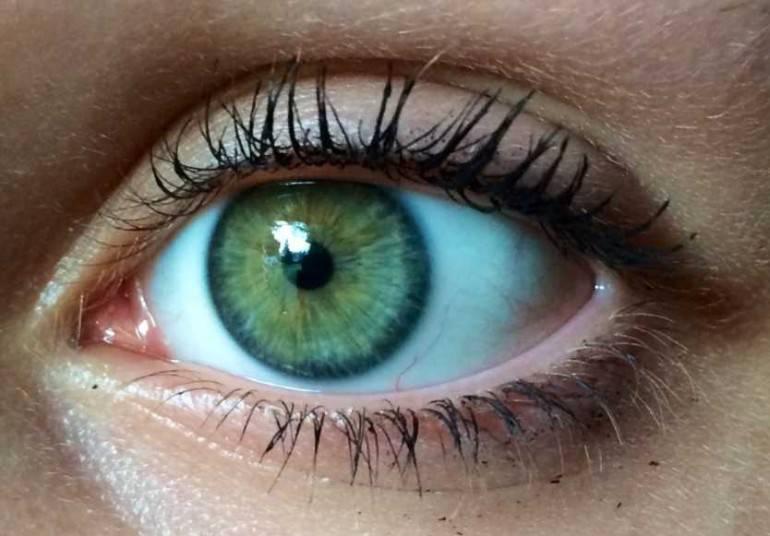 """Серые глаза: как цвет влияет на характер - """"здоровое око"""""""