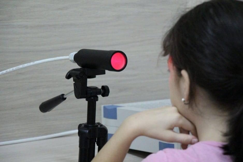 """Лазеростимуляция глаз, лазерная стимуляция сетчатки, цилиарной мышцы и радужной оболочки —офтальмологическая клиника """"сфера"""""""