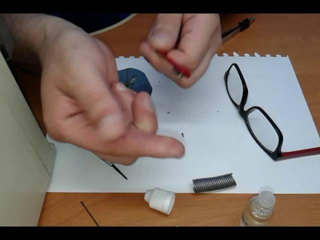 Как починить очки, если сломалась дужка: как заменить винт в очках с флексой.