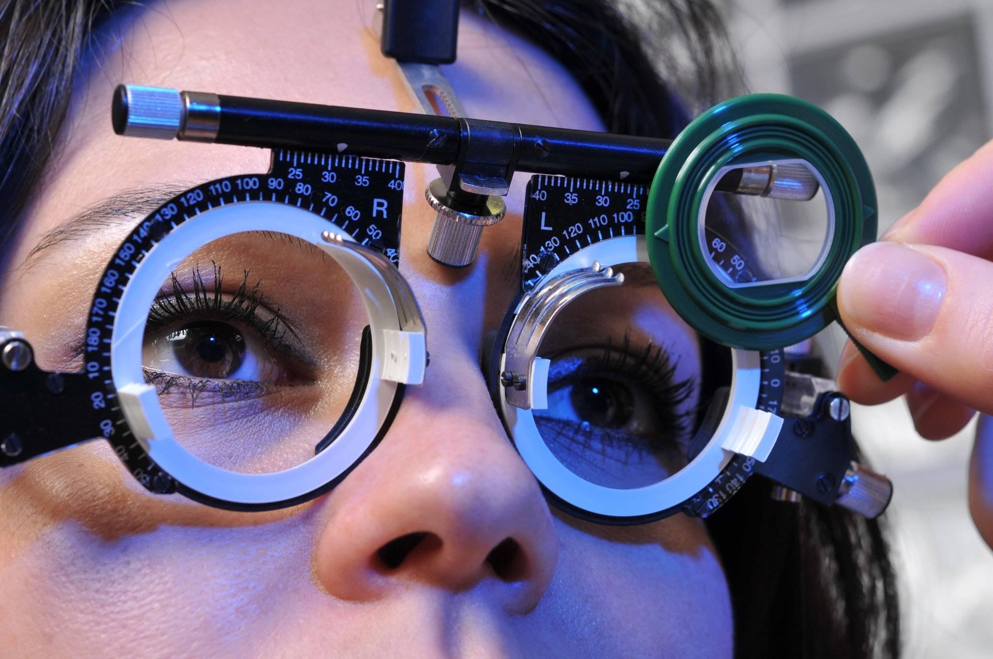 Как привыкнуть к линзам - адаптация глаз к оптике