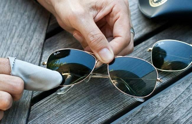 Как отполировать очки из пластика в домашних условиях