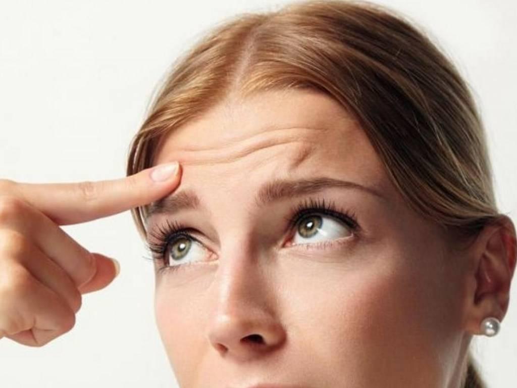 Боль над глазом в области брови при нажатии, почему болит