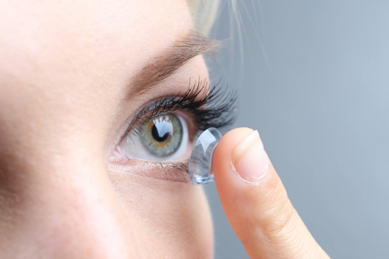 Почему рвутся контактные линзы