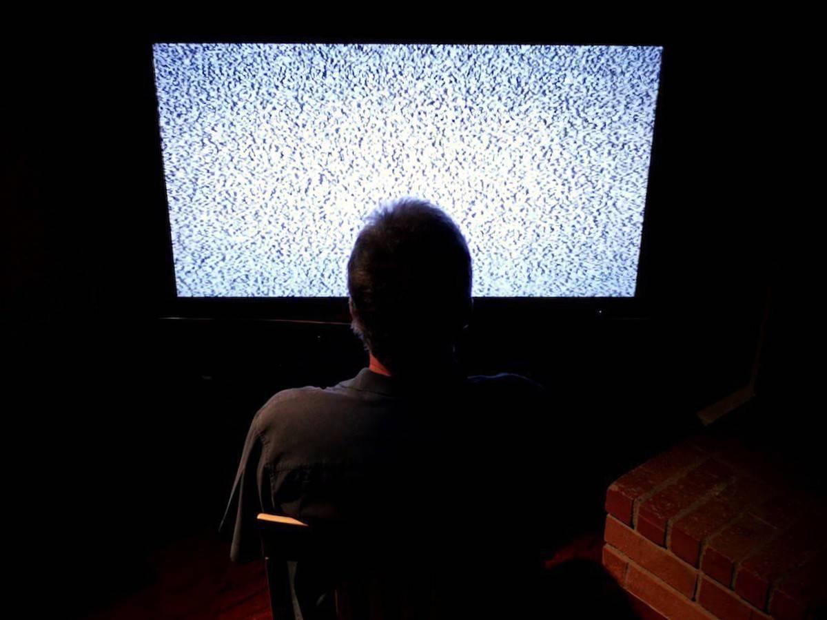 Телевизоры. часть 2. плазма или жк, шасси, диагональ, передача движения, цвет, влияние на зрение
