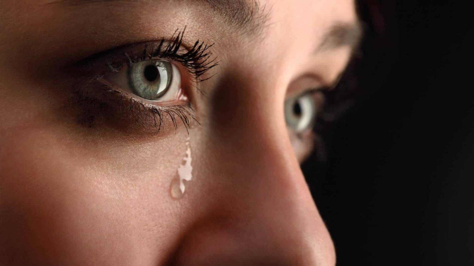 У ребенка нет слез при плаче - вопрос офтальмологу - 03 онлайн
